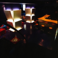 lounge_bar_escalera